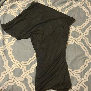 SALE - 💜3/$15 - One shoulder top